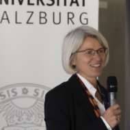 Claudia B. Wöhle